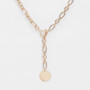 ASOS DESIGN - Guldfärgat, y-format halsband med T-stav och mynthängsmycke